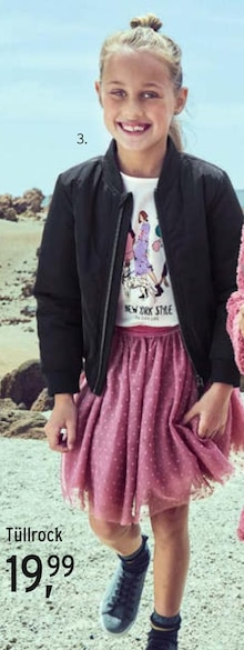 Mädchenbekleidung Angebot: Im aktuellen Prospekt bei Ernstings family in Kassel