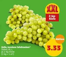 Helle, kernlose Tafeltrauben Angebot: Im aktuellen Prospekt bei Penny-Markt in Braunschweig